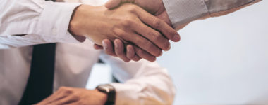 6 Benefits of Working with a Local Insurance Agency